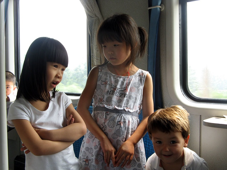 Tren a Luoyang en China..JPG